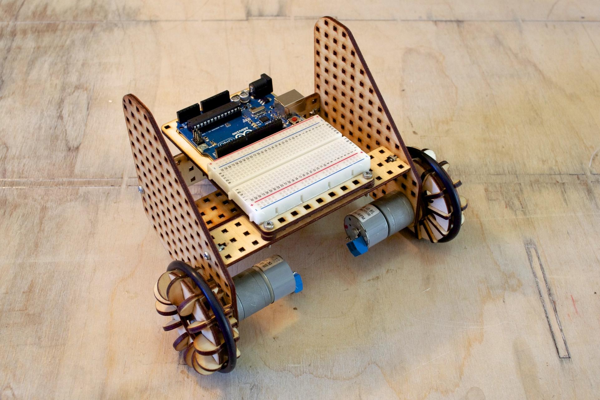 Robot jeżdżący lofi