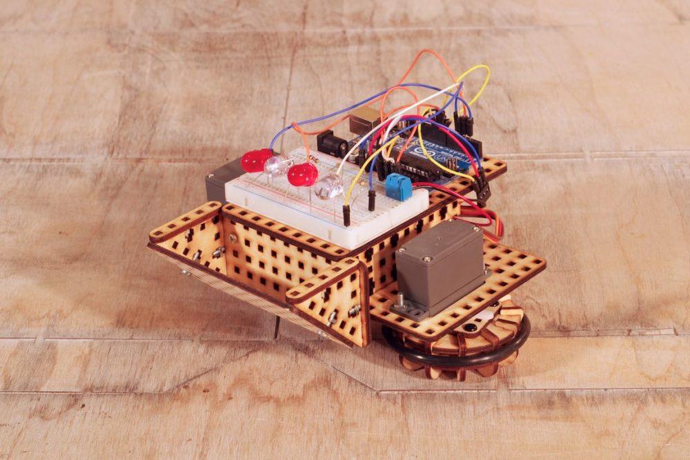 Robot poduszkowiec